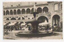Italy, Padova, Palazzo della Ragione e Fontana Postcard, B252