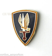 UNITED STATES ARMY GOLDEN HAWKS 1ST AVIATION LAPEL PIN BADGE 1 INCH