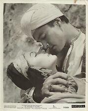 """ELAINE STEWART & JOHN DEREK """"The Adventures of Hajji Baba"""" Original Photo 1954"""