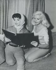 "JAYNE MANSFIELD - JOAN COLLINS - 10"" x 8"" b/w Photograph THE WAYWARD BUS 1957"