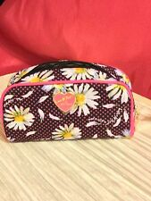 LUV BETSEY JOHNSON FLORAL PINK BLACK WHITE DAISY COSMETIC BAG MAKEUP CASE NWT!