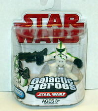 STAR WARS GALACTIC HEROES SINGLE: GREEN CLONE TROOPER - RED LOGO