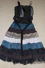 Des Filles A La Vanille France adorable combo top + skirt -  check it out!