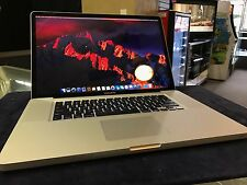 Macbook Pro 17 inch Late 2011 2.4 Ghz Core i7, 8Gb, AMD HD 6770 1024MB SSD + HDD
