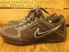 WOMEN'S NIKE MUSIQUE 314506-221 SIZE 7.5. BROWN SUEDE