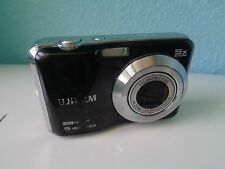 FujiFilm digital camera (6 megapixels, 5X Zoom)