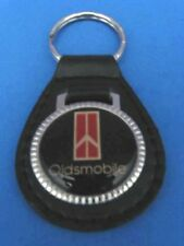 OLDSMOBILE AUTO LEATHER KEYCHAIN KEY CHAIN RING FOB #027 RED