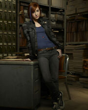 Scagliotti, Allison [Warehouse 13] (46883) 8x10 Photo