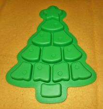 SILICONE CHRISTMAS TREE PULL- A- PART CUPCAKE MOLD  FREE SHIPPING