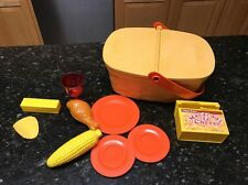 Vtg Fisher Price PACK-A-PICNIC  Basket Corn Drumsticks Chips Macaroni & Cheese