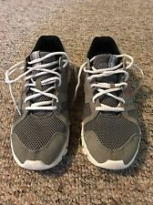 Reebok Yourflex, Gray, Size 9.5. Cross trainer Running