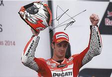 Andrea Dovizioso mano firmado Ducati 12x8 Foto 2014 de MotoGP.