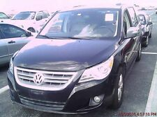 Volkswagen: Routan 4dr Wgn SEL