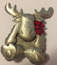 JJ VINTAGE CHRISTMAS MOOSE WITH RED BOW PEWTER BROOCH
