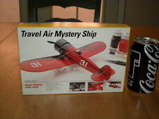 TRAVEL AIR MYSTERY SHIP- CIVILIAN PLANE, THOMPSON TROPHY, Plastic Model Kit,1:48
