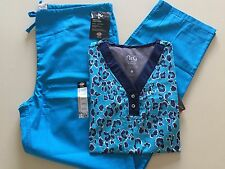 NrG/Dickies Medical Uniform Set Printed VNeck w/ Malibu Pant (Small)