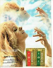 PUBLICITE ADVERTISING 096  1971   cigarette Royale  blonde ou mentholée Longue