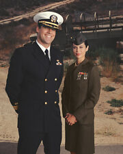 David James Elliott & Catherine Bell (24734) 8x10 Photo