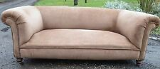 VINTAGE CHESTERFIELD   UPHOLSTERED  SETTEE