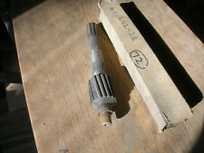 GMC Chevrolet Chevy truck main shaft WT242-2 591081 1940 only 1/2 3/4 1 ton