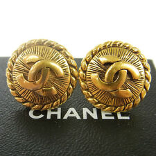 """Authentic CHANEL Vintage CC Logos Button Gold Earrings 0.9 """" Clip-On RK11430"""