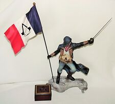 "ASASSINS CREED UNITY 16"" ARNO on GARGOYLE UBISOFT FIGURE FLAG SWORD & MUSIC BOX"