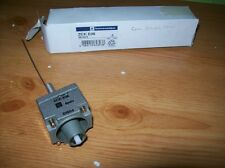 TELEMECANIQUE COIL SPRNG HEAD LIMIT SWITCH  ZCKE06  #D93