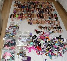 HUGE BRATZ DOLL LOT-100 DOLLS  HUNDREDS OF PCS.CLOTHES,SHOES,ACC-ALL BRATZ!
