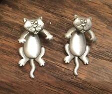 """""""JJ"""" Jonette Jewelry Silver Pewter CAT Rotating Head Pierced Earrings - 06"""