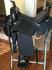 "16"" TN Saddlery  Light Weight Western Saddle Black Synthetic Gaited"