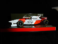 Minichamps 1:43 MARK Blundell McLAREN MERCEDES MP4 / 10 F1 1995 RACE CAR