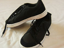 NEW Columbia TECHLITE BM2462010  Black Canvas Campus Sneaker Shoes Mens 8  $75.