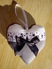 Coeur chic à suspendre, gris et blanc, pour décoration mur ou porte, chat rigolo