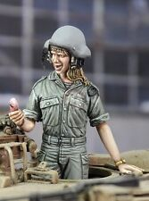 "Royal Model 1/35 ""Call from My Boyfriend"" Israeli IDF Woman Tanker [with PE] 695"