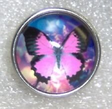 CLASSIC SNAPS SNAP CHUNK CHARMS - HOT PINK BUTTERFLY SLIGHT DOME SNAP
