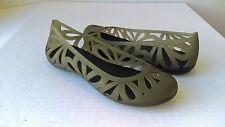 Crocs Adrina III Gray Floral Cut-Out Closed Toe Ballet Flats Sz 7M EUC
