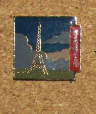 ANO1 PARIS FRANCE VINTAGE PIN  EIFFEL TOWER PICTURE