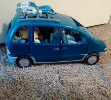 Fisher Price Dollhouse Van Loving Family Sounds Minivan and 6 People Figures