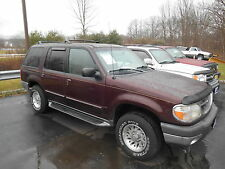 Ford: Explorer 4dr