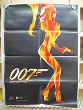 29       EL MUNDO NUNCA ES SUFICIENTE JAMES BOND 007 PIERCE BROSNAN