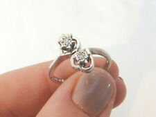 9ct/9k white gold two stone Diamond 1970's valentines heart cross over ring, 375