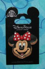 Disney Pin MINNIE MOUSE FACE 3D CARDED  Pins