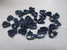 BLACK PLASTIC LOOM & PIPE CLIPS  JOB LOT X 30 NEW