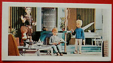 Barratt THUNDERBIRDS 2nd Series Card #15 - Gordon and Alan Relaxing