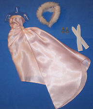 Vintage Barbie Enchanted Evening #983 Gown Fur Clear OT Pumps Gold Glitter 1960s