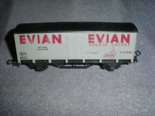 686B Wagon Evian Cachat SNCF Hornby 7130 Meccano acHO 1/87