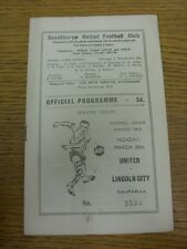 30/03/1959 Scunthorpe United v Lincoln City  (Small marks). Thanks for viewing t