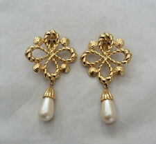 "2 5/8"" LONG DESIGNER JOAN RIVERS LUSTROUS FAUX PEARL DANGLE CLIP EARRINGS"