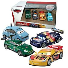 Disney Cars Cast 1:55 - Gift Pack Race Day Fan 2 - 4 Fahrzeuge im Set