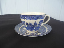 johnson bros blue willow pattern tea cup and saucers set engalnd